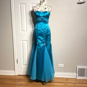 Trumpet Beads Formal Evening Prom Gown Fit Flare M